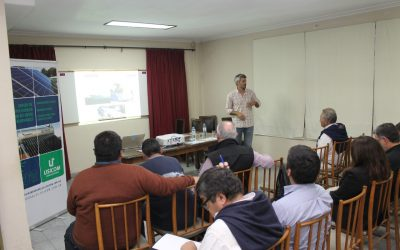 Charla sobre soluciones en energías renovables aplicadas al agro