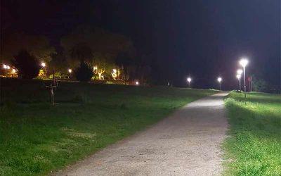 Usina y Municipio avanzan con la incorporación de luminarias led en los espacios verdes públicos de la ciudad